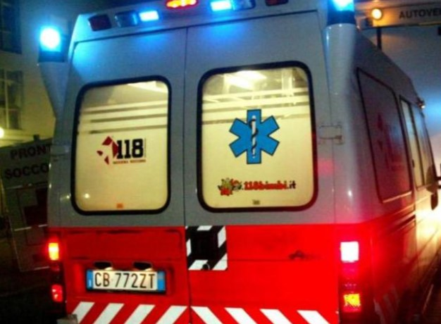 Incidente stradale a Barriera, muore il 25enne Domenico Crisafulli
